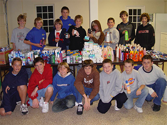 Teen Volunteer Food Drive photo of members in 2004